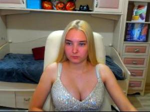 Profile Picture of Cherrylipss