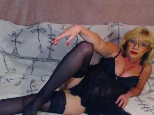 Profile Picture of BlondeHouseWife